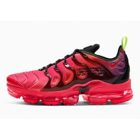 Nike Air VaporMax Plus Paquete de Vuelo Carmesí Láser para Hombre