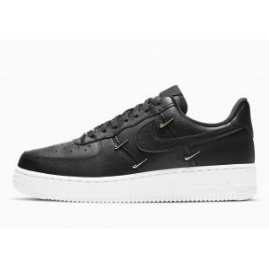 Nike Air Force 1 07 LX...